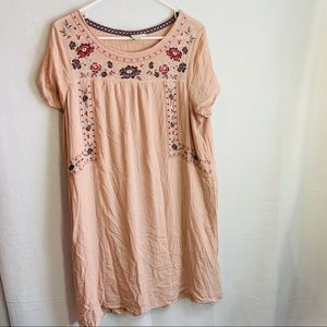 Knox rose floral embroidered tunic top